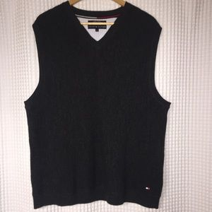Tommy Hilfiger gray wool sleeveless v neck sweater